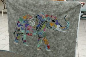 Kathys applique elephant